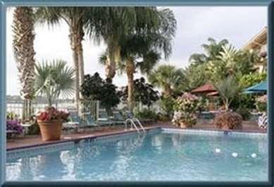 Pet Friendly Inn On The Lakes in Sebring, Florida