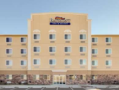 Pet Friendly Baymont Inn & Suites Big Spring in Big Spring, Texas