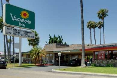Pet Friendly Vagabond Inn Oxnard in Oxnard, California