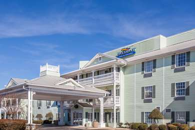 Pet Friendly Baymont Inn & Suites Decatur in Decatur, Texas