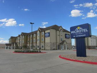 Pet Friendly Microtel Inn & Suites By Wyndham Midland in Midland, Texas