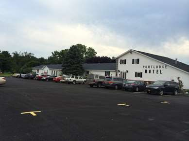 Pet Friendly Port Lodge Motel Pulaski in Pulaski, New York
