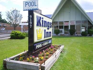 Pet Friendly Kings Inn in Strongsville, Ohio