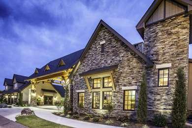 Pet Friendly Best Western Plus Mark Motor Hotel in Weatherford, Oklahoma
