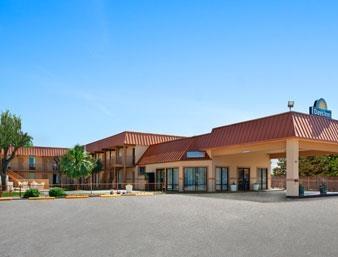 Pet Friendly Days Inn Burleson Ft. Worth in Burleson, Texas