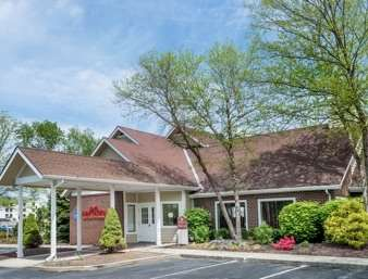 Pet Friendly Hawthorn Suites by Wyndham Fishkill/Poughkeepsie Area in Fishkill, New York