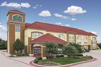Pet Friendly La Quinta Inn & Suites Stephenville in Stephenville, Texas