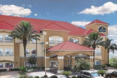 Pet Friendly La Quinta Inn & Suites Houston Rosenberg in Rosenberg, Texas