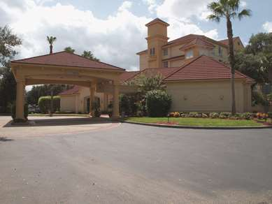 Pet Friendly La Quinta Inn & Suites Orlando Lake Mary in Lake Mary, Florida
