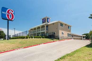 Pet Friendly Motel 6 Azle, Tx in Azle, Texas