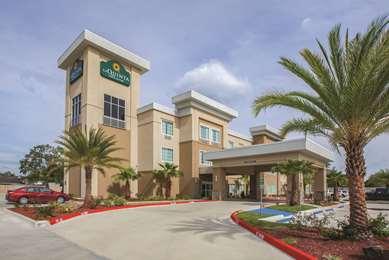 Pet Friendly La Quinta Inn & Suites Lake Charles - Westlake in Westlake, Louisiana